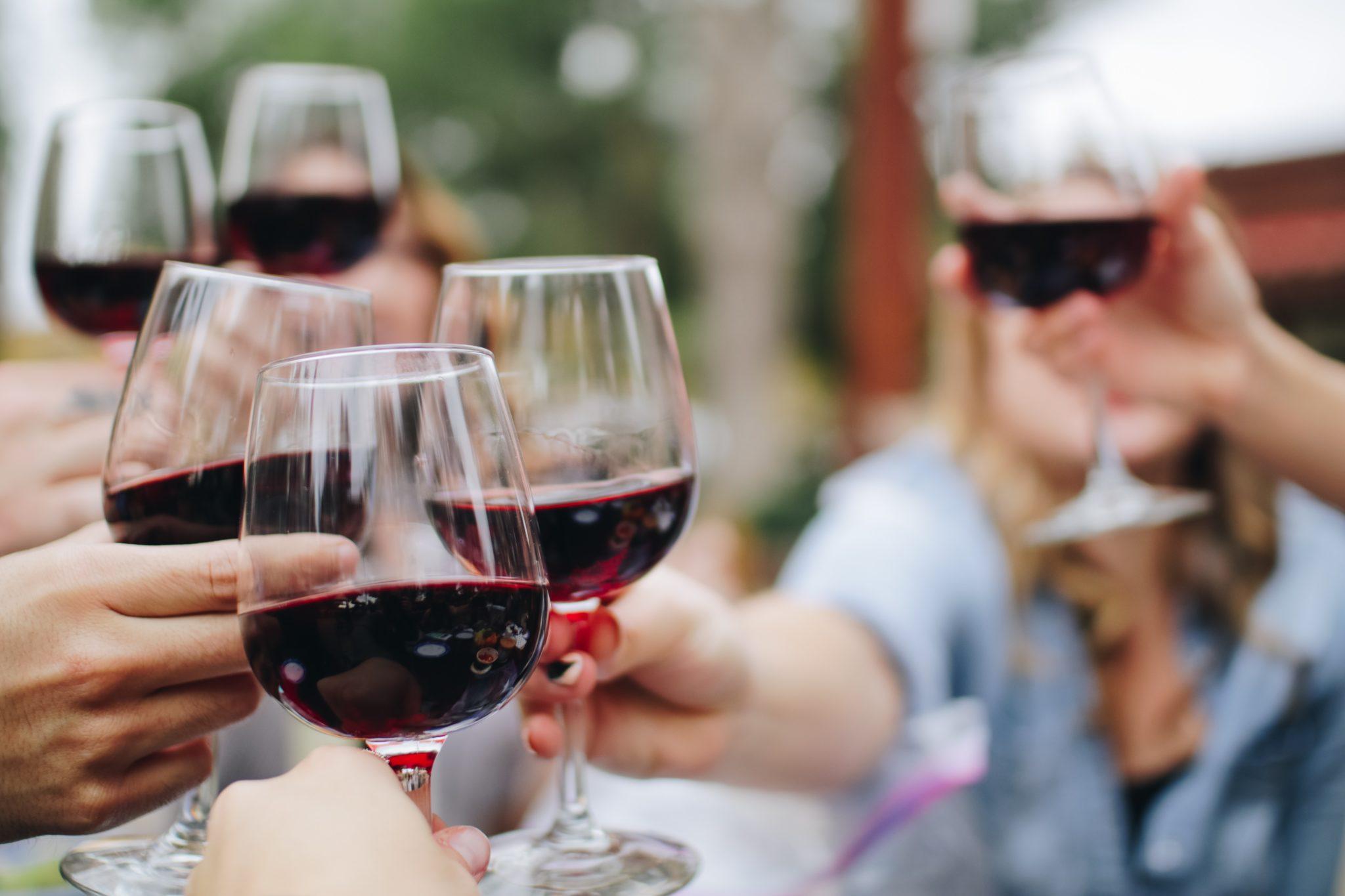 Best Instagram Hacks for Marketing Your Wine Business